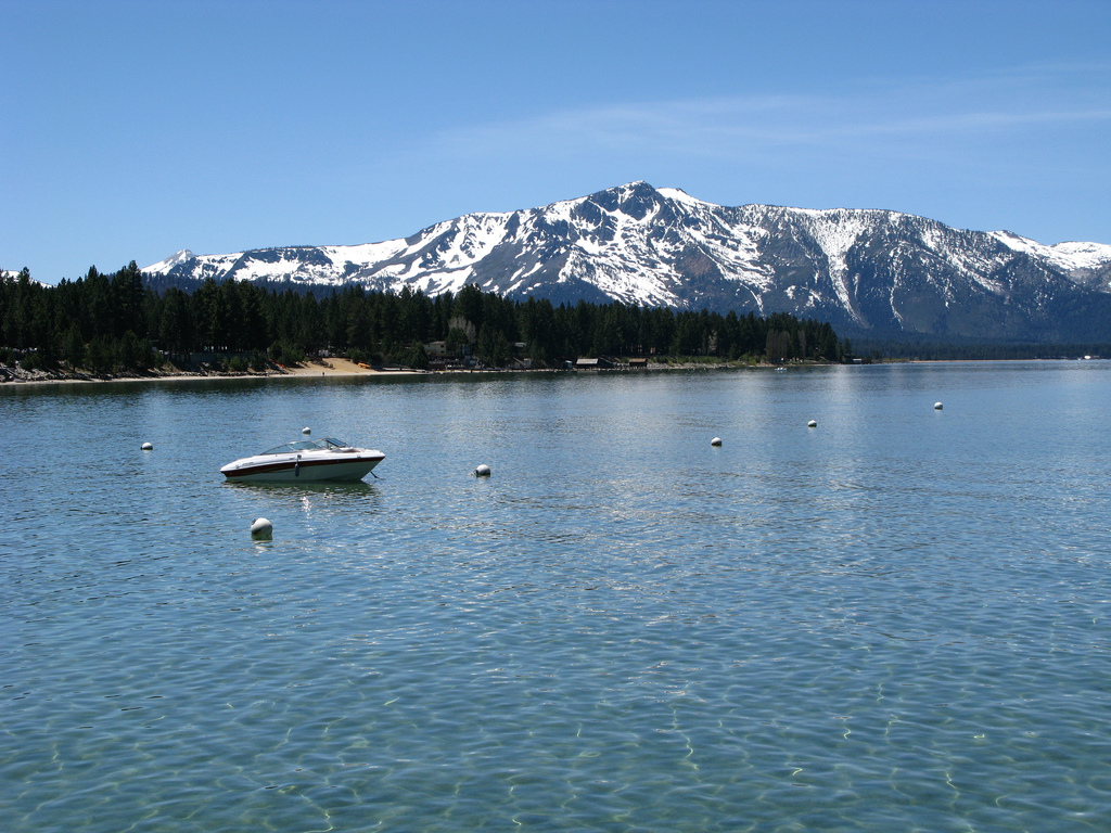 five clearest lakes / Lake Tahoe Boat