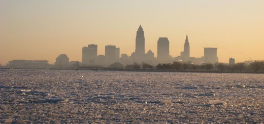 1024px-LakeErie_Cleveland_frozen