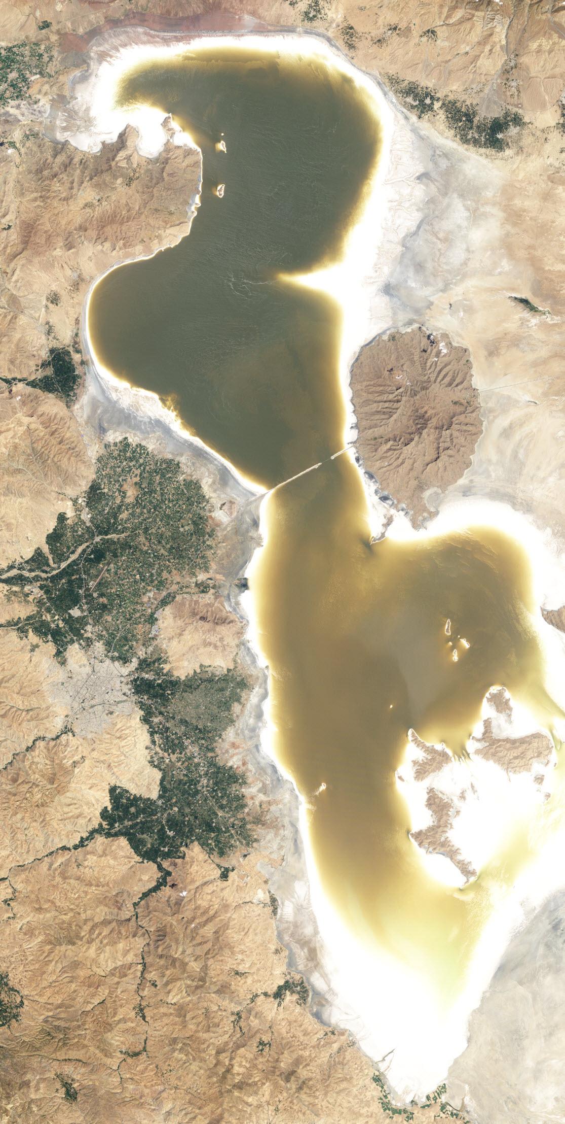 lake-urmia