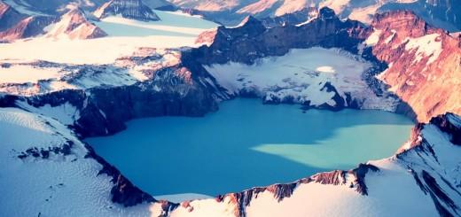 Katmai-Crater-Lake-Katmai