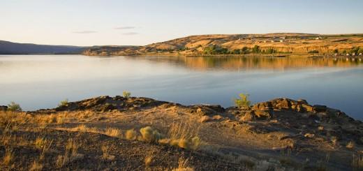 South-shore-of-Soap-Lake