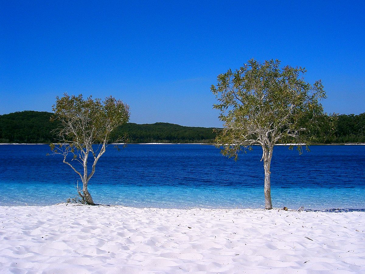 five clearest lakes / Fraser Island lake mckenzie