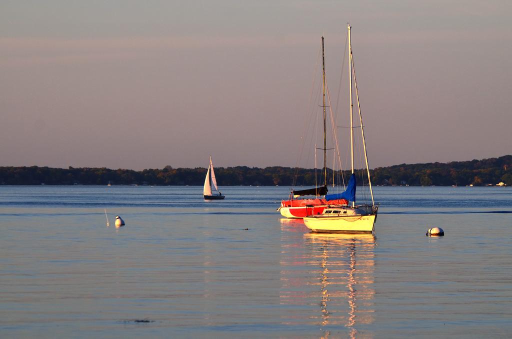 lake-mendota-boats
