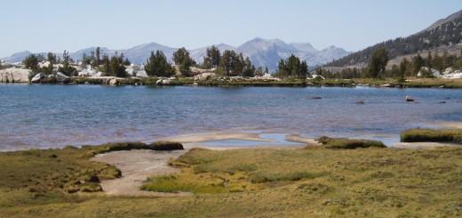 upper-recess-peak-lake
