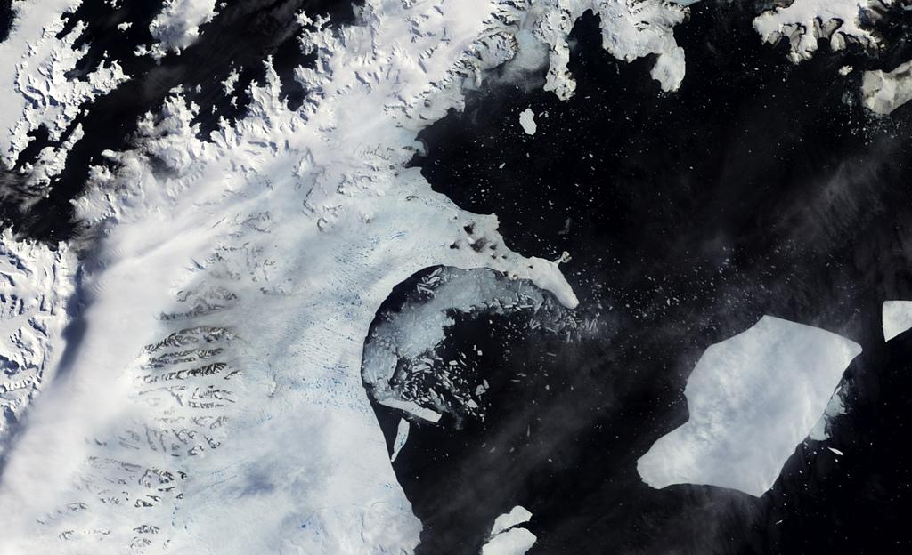 antarctic melt water larsen ice shelf