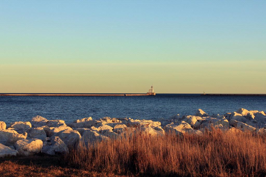 lake-michigan-lighthouse