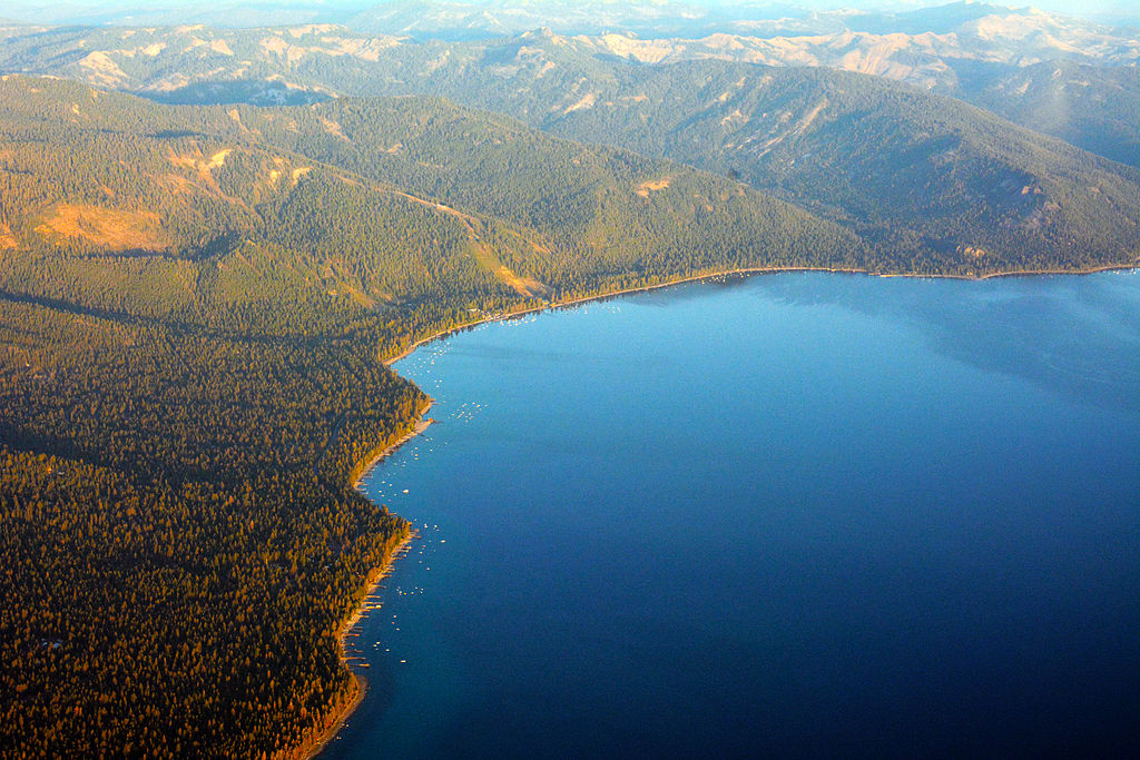 North_Lake_Tahoe_Aerial_photo