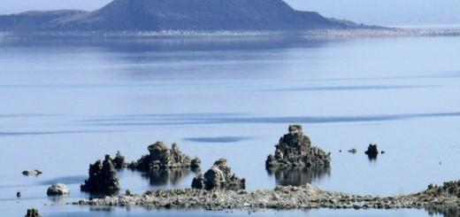 Mono Lake, California. (Credit: Public Domain)