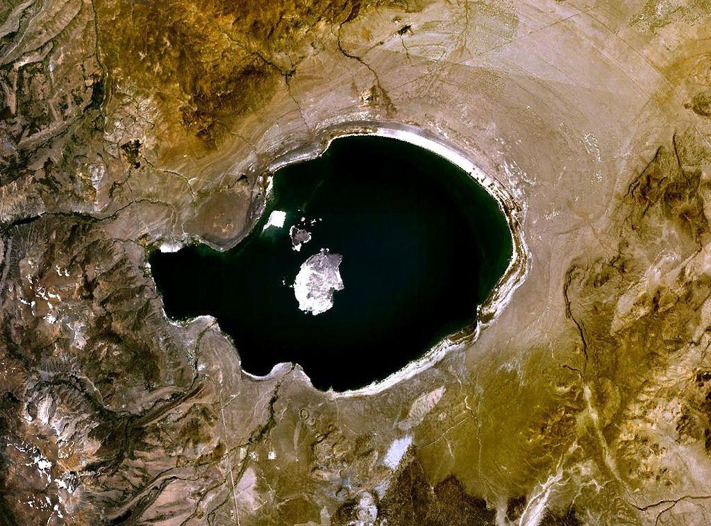 mono lake landsat